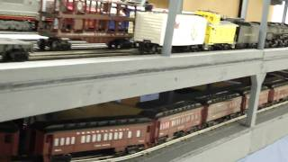 getlinkyoutube.com-Lionel Polar Express and Lionel Hogwarts Express