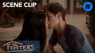 getlinkyoutube.com-The Fosters - Season 1: Episode 11 | Clip: Jesus & Lexi Say Goodbye