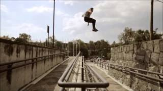 getlinkyoutube.com-Parkour profesional