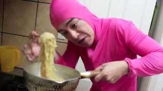 getlinkyoutube.com-PINK GUY COOKS RAMEN AND RAPS