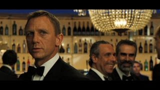 getlinkyoutube.com-Daniel Craig as James Bond - Casino Royale Tribute