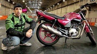 getlinkyoutube.com-Stunt Riding Yamaha YBR 125
