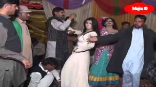 getlinkyoutube.com-Hot Desi Wedding Mujra Part 2