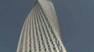 getlinkyoutube.com-Peresmian Menara Terpelintir Tertinggi Dunia di Dubai