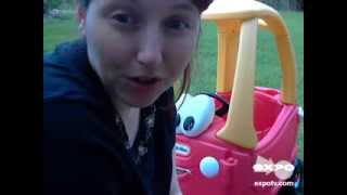 getlinkyoutube.com-Little Tikes Cozy Coupe 30th Anniversary Edition Review