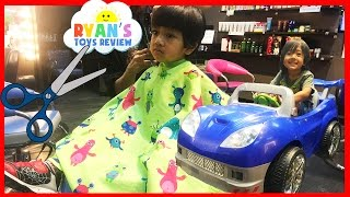 getlinkyoutube.com-FIRST HAIRCUT at the store Power Wheels Egg Surprise Toy Captain America Civil War Mystery Box