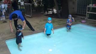 getlinkyoutube.com-แข่งว่ายน้ำสนามแรกของบอร์น