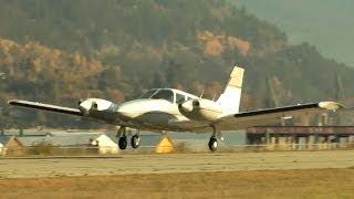 getlinkyoutube.com-Piper PA-34 Seneca Approach and Landing