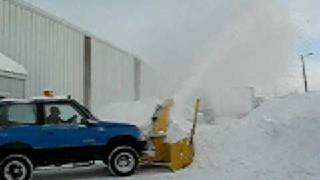 getlinkyoutube.com-Tracker snow blower 2009