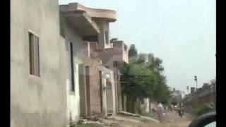 getlinkyoutube.com-Lahore Airport Flights Landing & Near Residential Area Birds Problem Pkg By Junaid Riaz City42