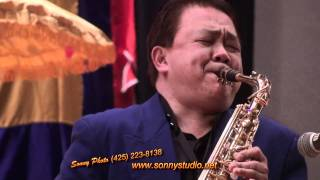 getlinkyoutube.com-Ha Trang_Trinh Con Son. Saxophone by Phillip Long. Sonny Photo (206) 383 5588