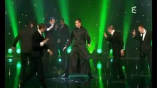 getlinkyoutube.com-Cascade Demo Team - Show Matrix au Plus Grand Cabaret du Monde - French Stuntmen
