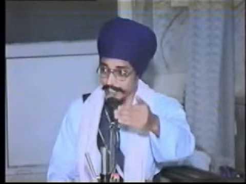"""Lecture by Giani Sher Singh Nihang at """"Dasam Bani Samagam 2002"""""""