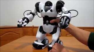 getlinkyoutube.com-Robosapien X Demo by WowWee toys