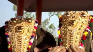 getlinkyoutube.com-Cherai Thalapokkam 2010 - Mangalamkunnu Ayyappan Vs Thrikkadavoor Sivaraju