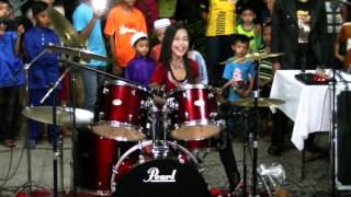 getlinkyoutube.com-Koi Mil Gaya LIVE Drum Cover by Nur Amira Syahira