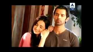 getlinkyoutube.com-IPKKND - SBS : 7th August 2012 (Khushi try to convince Arnav)