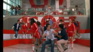 getlinkyoutube.com-High School Musical: Stick To The Status Quo - Disney Channel Sverige
