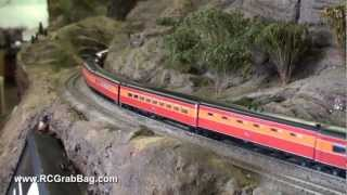 getlinkyoutube.com-MTH Southern Pacific Daylight in HO
