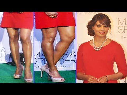 Sexy Bipasha Basu In Tight Red Hot Dress Looks Hotter