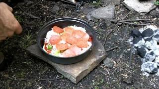 getlinkyoutube.com-Mess Kit Pan Pizza Demo