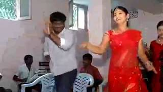 andhra sexy Red Saree aunty spicy hot dance width=