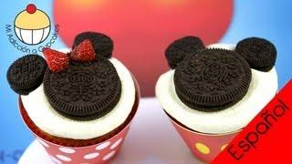 getlinkyoutube.com-¡Cómo Hacer Cupcakes de Mickey y Minnie Mouse! Un Tutorial Práctico de Cupcake Addiction