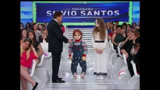 "Silvio Santos conversa com ""Chucky"" e ""Menina Fantasma"" no programa"