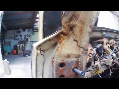 Оторвало стойки лобового стекла ВАЗ 2106