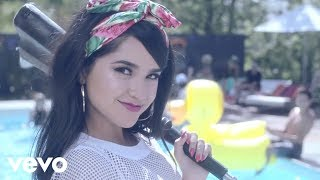 getlinkyoutube.com-Becky G - Shower