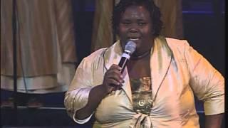 getlinkyoutube.com-Hlengiwe Mhlaba - Liyanganelisa, Yiyo lendlela, Mhlekazi