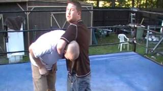 DDT - How to wrestle WWE style - Do a pro wrestling DDT