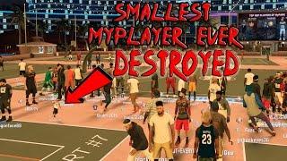 MIDGET MOD ON NBA 2K17 HE IS SO TINY WTF LMAO !!! IS HE A GOD ? OR THE WORST PLAYER ???? 😱