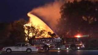 getlinkyoutube.com-BARN ON FIRE-FULLY INVOLVED-ORLAND PARK,IL