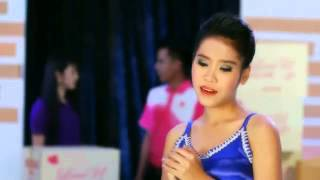getlinkyoutube.com-สาวโรงงานรอรัก: เบ๊อะ มยุรา อะวะดี [Official  MV]