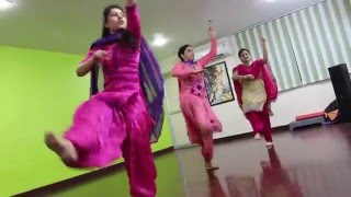 getlinkyoutube.com-Ghagre Di Lauwn | Dildariyaan | Jassi Gill | Sagarika Ghatge | Kaur B | Punjabi dance video.