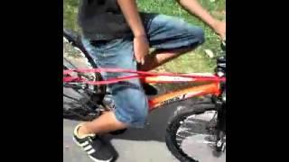 Raspando pedal na decida
