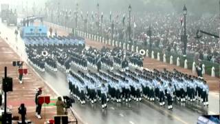 All-women contingent march down Rajpath on R-Day