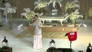getlinkyoutube.com-Siti Nurhaliza Menyanyi Di Majlis Persandingan Anak Datuk K dan Anak DS Hishammudin.avi