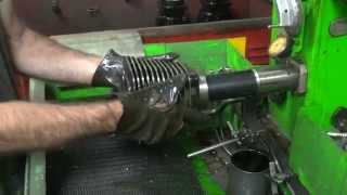 getlinkyoutube.com-1984-99 80ci #102 evolution piston fitting and cylinder honing Harley FXR Dyna softail FLH FLT