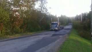 Straight Piped Freightliner- Drive by