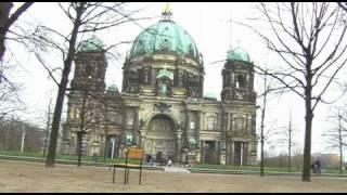 getlinkyoutube.com-inicialoj dc - Berlino sen vi