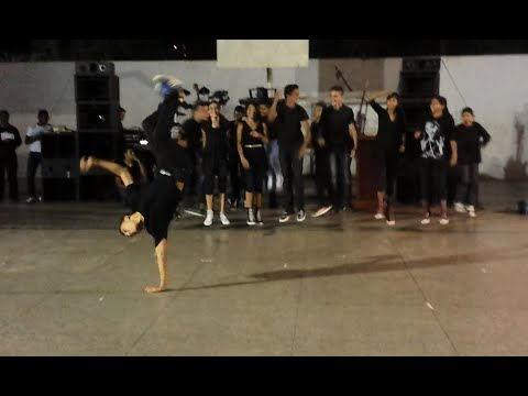 coreografia de hip-hop Evangélica- Eu fui comprado (grupo: Frutos da Videira)