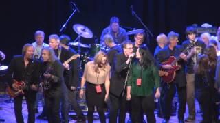 getlinkyoutube.com-Oregon Music Hall Of Fame 2013 The Kingsmen Louie Louie Finale
