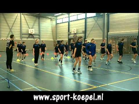 13 Handbalschool NHN looptraining 9 februari 2011 deel 1