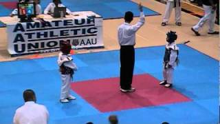 getlinkyoutube.com-Richards 2011 AAU Taekwondo Gold Coast Orange Belt Sparring Qualifier