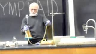 getlinkyoutube.com-Epic chemistry teacher gives the best classes