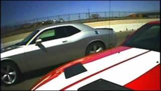 getlinkyoutube.com-Ford Shelby GT500 vs Dodge Challenger SRT-8