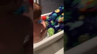 1-aug-2017 Bath time