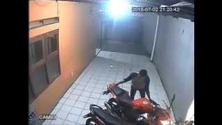 getlinkyoutube.com-pencurian honda cbr150r lokal kurang dari 15 detik